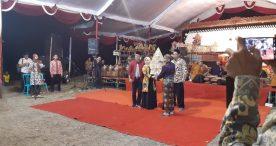 Bawaslu Ngawi Sosialisasikan Pengawasan Partisipatif Melalui Budaya Lokal Wayang Kulit