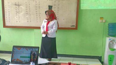 Photo of Anik Ema Wulandari, Kepala SDN Pangkur 2 Peraih Juara 1 Kepala SD Berprestrasi Kabupaten Ngawi Tahun 2020