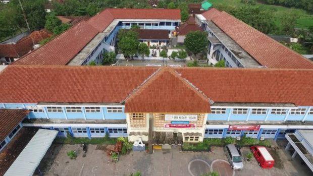 Siswa Diliburkan, Guru di SMA 1 Ngawi Berikan Tugas dengan Berbagai Aplikasi Alternatif