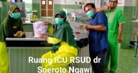 Tim Kecanduan Sedekah Ngawi Sampaikan Bantuan APD kepada Tenaga Medis di Ngawi