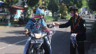 Photo of MAN 4 Ngawi Bagikan 1000 Masker Gratis kepada Masyarakat Ngrambe