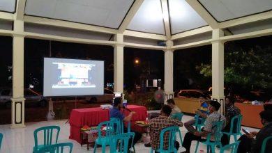 Photo of Perwakilan Desa Tiap Kecamatan di Ngawi Ikuti Arahan Bupati Melalui Video Conference