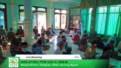 Photo of Selain Ikuti Protokol Kesehatan, Salat Idul Fitri di Masjid Al Khoir Klitik Ini Disiarkan Secara Streaming