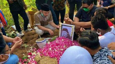 Photo of TPU Desa Majasem Menjadi Peristirahatan Terakhir The Godfather of Broken Heart Didi Kempot
