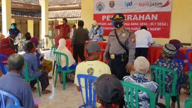 Photo of 371 Keluarga Di Kecamatan Kasreman Menerima BLT Dana Desa Tahap 2