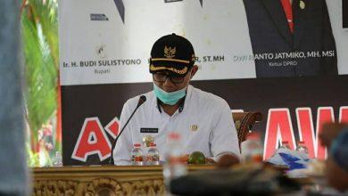 Photo of Bupati Ngawi Tegaskan New Normal Bukan Berarti Sudah Bebas dari Pandemi