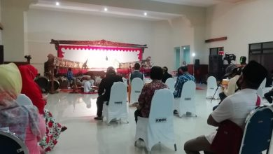 Photo of Himpunan Seniman Ngawi Gelar Dialog dengan Pemkab Bahas Solusi Bagi Pekerja Seni yang Terdampak COVID-19