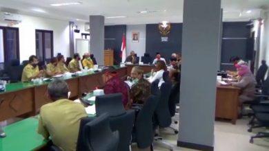 Photo of Bertemu Anggota DPRD Ngawi, Perwakilan Pekerja Seni Dapat Lampu Hijau untuk Memulai Aktivitas New Normal