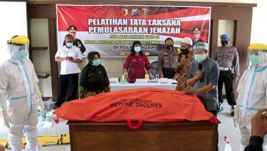 Photo of Polres Ngawi Menggelar Pelatihan Pemulasaraan Jenazah COVID-19