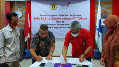 Photo of SMK PGRI 1 Ngawi Gandeng Telkom Kembangkan Kompetensi Keahlian Teknik Komputer Jaringan