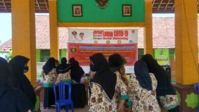 Photo of Puluhan Anggota Koperasi Syariah Miftakhul Jannah Berkah Desa Legowetan Ikuti Pelatihan Pengolahan Aneka Makanan
